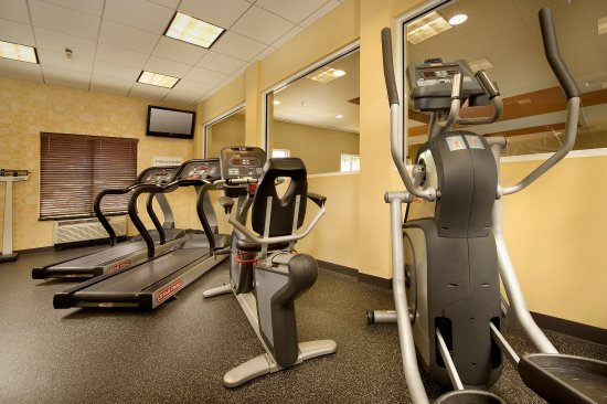 Holiday Inn Express & Suites Chattanooga Downtown: Fitness Center