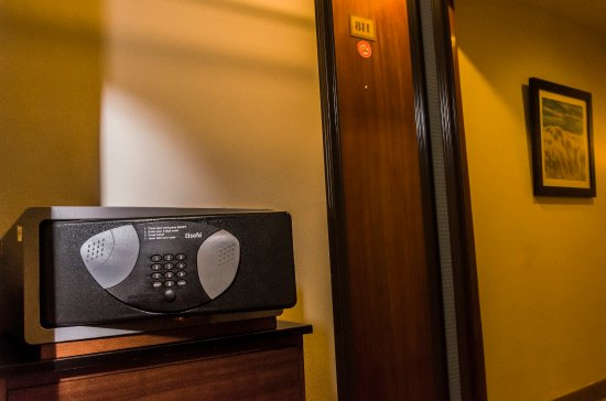 Hotel Palace Guayaquil: IN ROOM SAFE