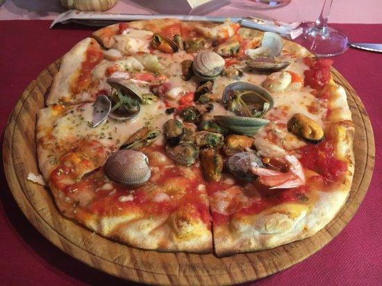 Restaurante il tocco genovese en none con cocina italiana for Pizzeria il tocco