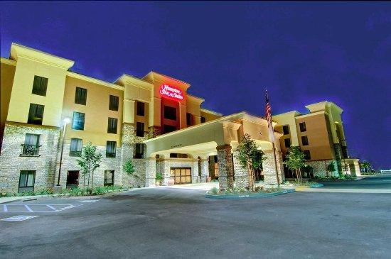 Hampton Inn & Suites West Sacramento: Exterior