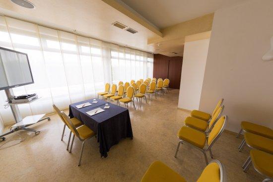 Vigasio, Italien: Puccini - meeting room