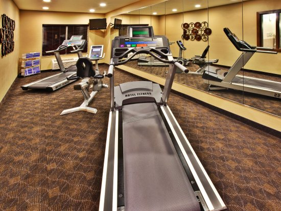 Holiday Inn Express Hotel & Suites Dubuque-West: Holiday Inn Express & Suites Dubuque, IA Fitness Center