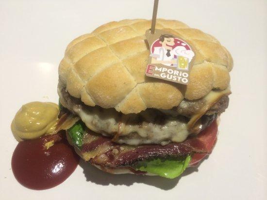 Emporio del Gusto: Hamburger