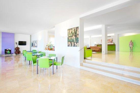 Art Hotel Gran Paradiso: Lobby2