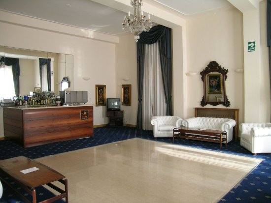 Hotel Alexander Palme: Bar