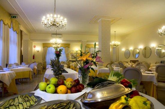 Hotel Alexander Palme: Restaurant