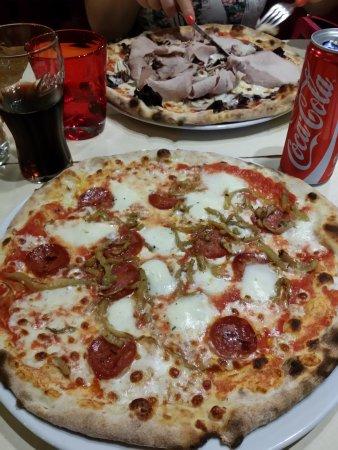 Ristorante Pizzeria California In Treviso Con Cucina Pizza