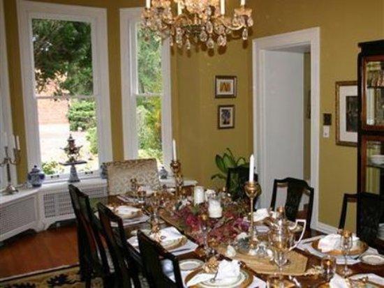 Osler House: Interior