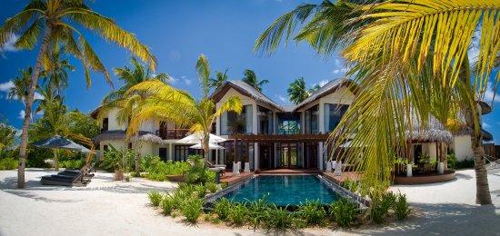 Constance Halaveli: Halaveli Maldives Presidential Villa