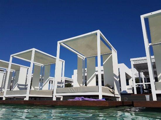 Pelagos Suites Hotel: 20160626_173547_large.jpg