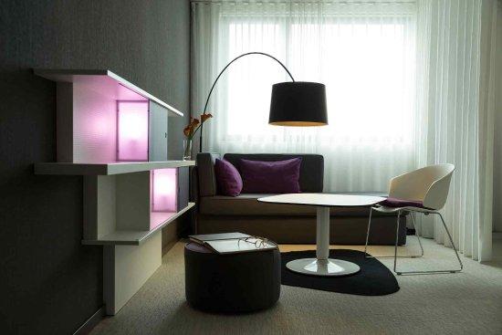 Novotel Suites Luxembourg: Guest Room