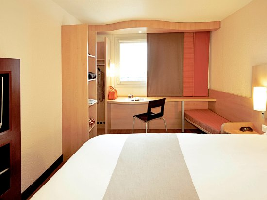 Lancy, Suiza: Guest Room