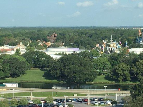 迪士尼當代渡假村海灣湖塔飯店張圖片