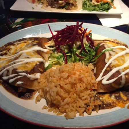 mariachis restaurant photo0jpg