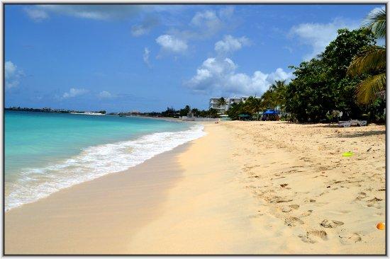 Simpson Bay Resort & Marina: Nearby beach - Simpson bay beach