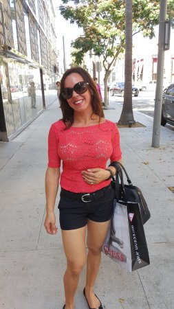 Beverly Hills, CA: Shopping on Rodeo Drive.