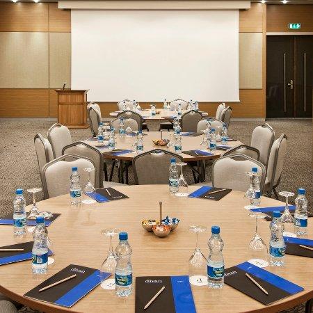 Divan Corlu: Meeting Room