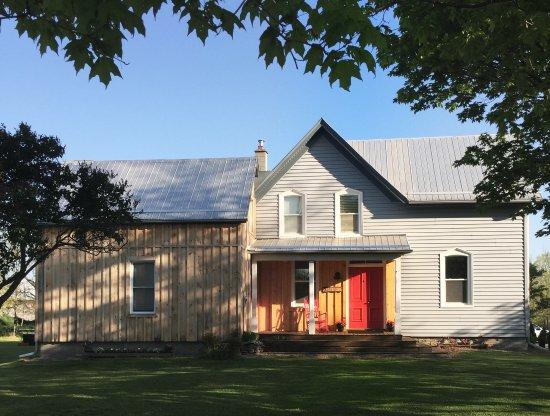 Milford, Canadá: A restored 1850s farmhouse