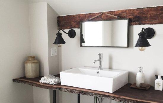 Milford, Kanada: Double suite bathroom