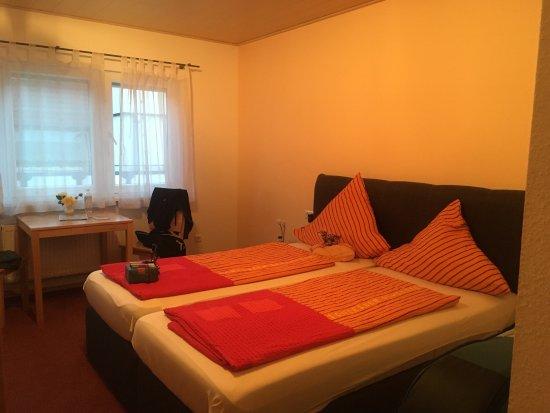 Gasthaus Linde: Zimmer