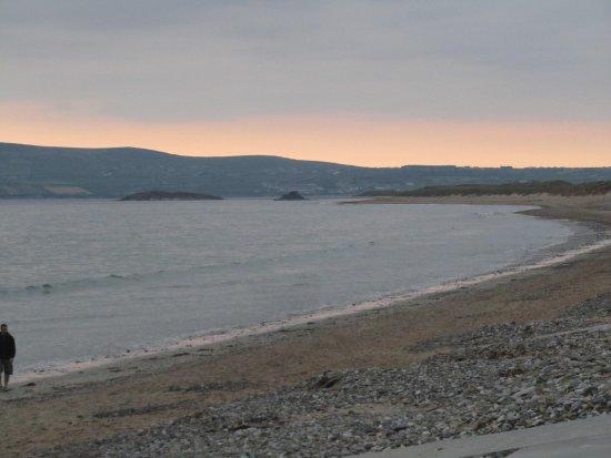 Ballyheigue, Irlanda: Looking to Ballyheige from Bana Strand