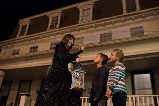 Kids love ghost tours in Gettysburg