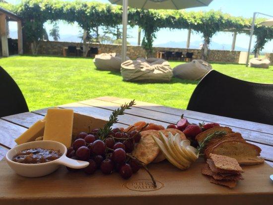 Wither Hills Restaurant: photo1.jpg