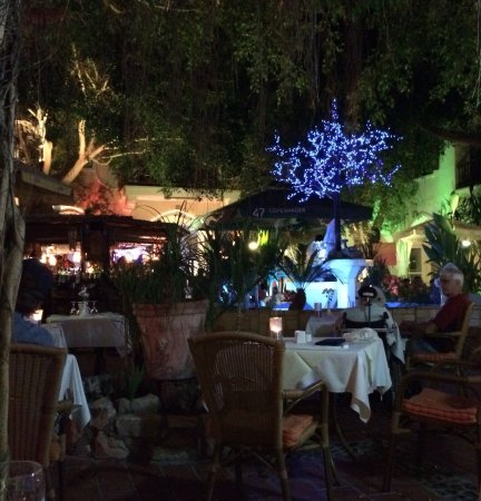 Επαρχία Πάφου, Κύπρος: Natafelen met brandy....