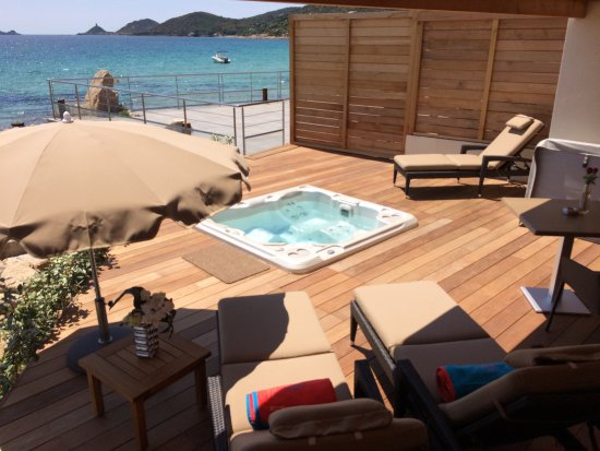 Terrasse Jacuzzi Prive Suite Luxe Picture Of Hotel Le Week End