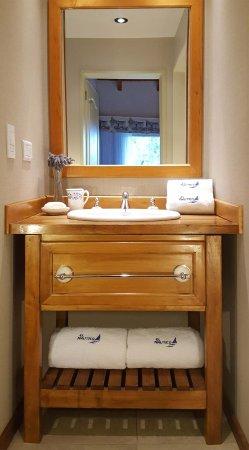 El Nautico Bungalows & Suites: Antebaños.