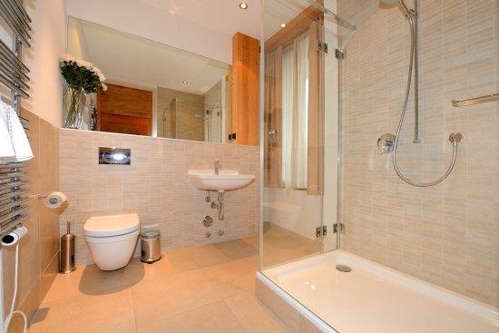 Chalet Balthazar: Apt. 3 Bathroom