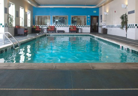 Fairfield Inn & Suites Grand Junction Downtown/Historic Main Street: Indoor Pool
