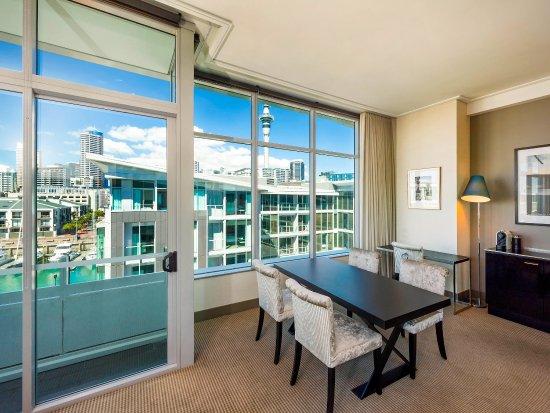 Sofitel Auckland Viaduct Harbour: Guest Room