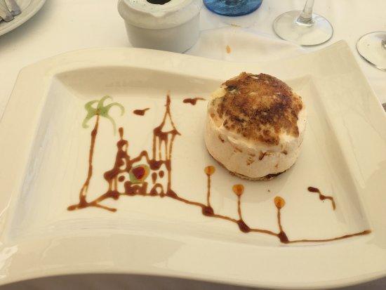 Restaurante Costa Dorada: Los postres son espectaculares , lo primeros que pruebo que no empalagan..os animo a probarlos
