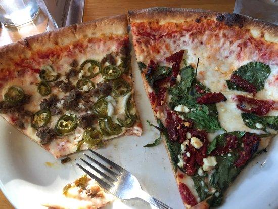 Belltown Pizza: photo0.jpg