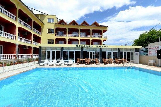 Yasemin Hotel