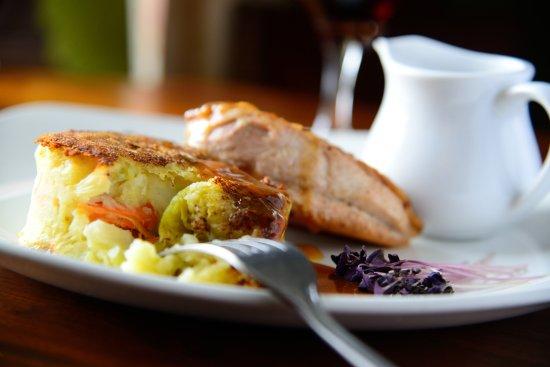 The Castle Arms Inn: Food 4