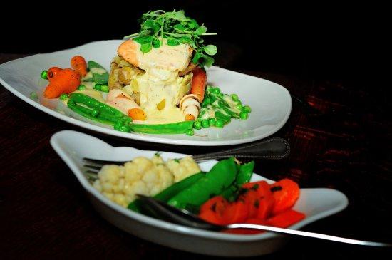 The Castle Arms Inn: Food 6