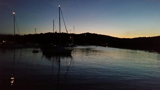 Zirje Island, Kroatien: 20160630_213447_large.jpg