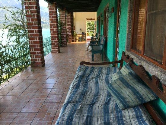Eco Hotel Uxlabil Atitlan: photo2.jpg