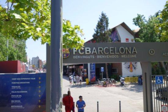 Barcelona Bus Turistic: FC Barcelona stadion. Bilde tatt fra bussen