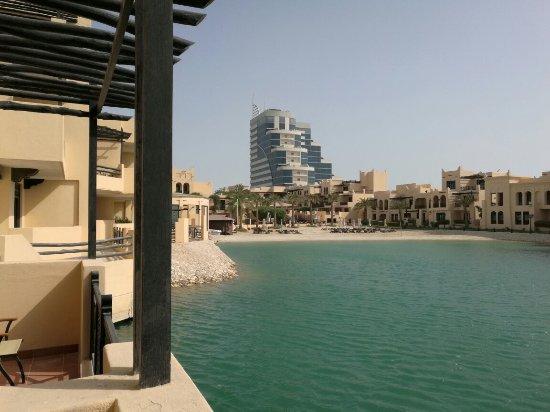 Novotel Bahrain Al Dana Resort Photo