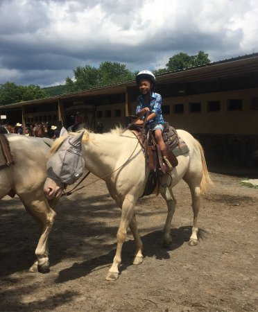 Rocking Horse Ranch Resort: We really enjoy I'm happy with this place people really nice care for sure I come back