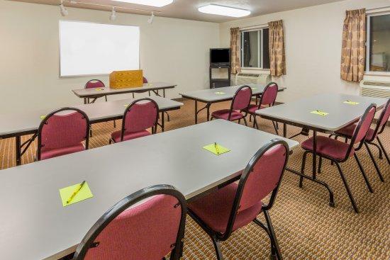 Roseburg, OR: Meeting Room