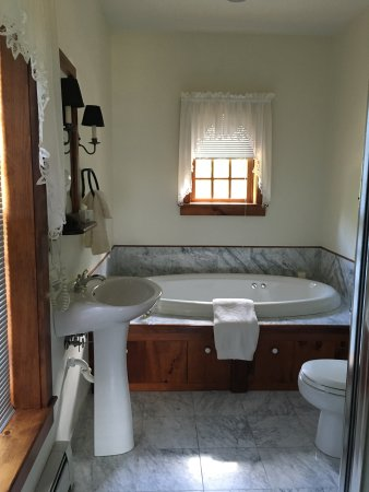 ‪‪Stone Ridge‬, نيويورك: Heritage room bathroom‬