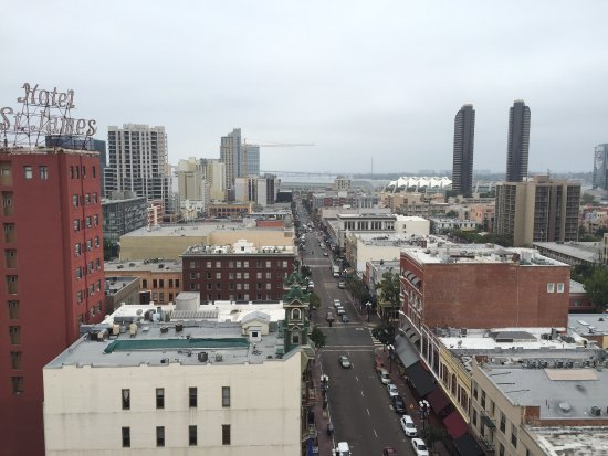 Gaslamp Plaza Suites: photo0.jpg