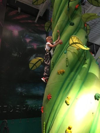 Kidspace Romford: New climbing walls are ace