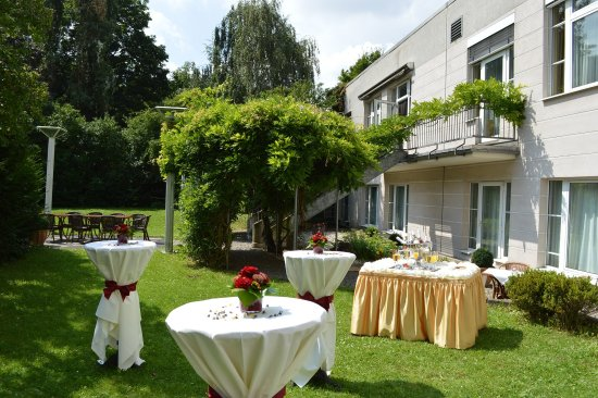 Centro Hotel Residence: Inner courtyard_TOP Guennewig Hotel Residence Bonn
