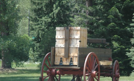 Black Diamond Guest Ranch: Real, antique chuckwagons for bbq and photo ops