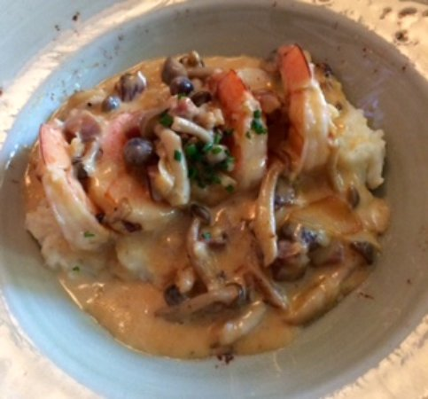 Revel Kitchen and Bar: Shrimp & grits